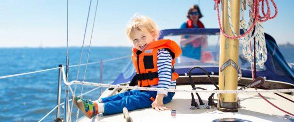 rodzinne żeglowanie z dziećmi